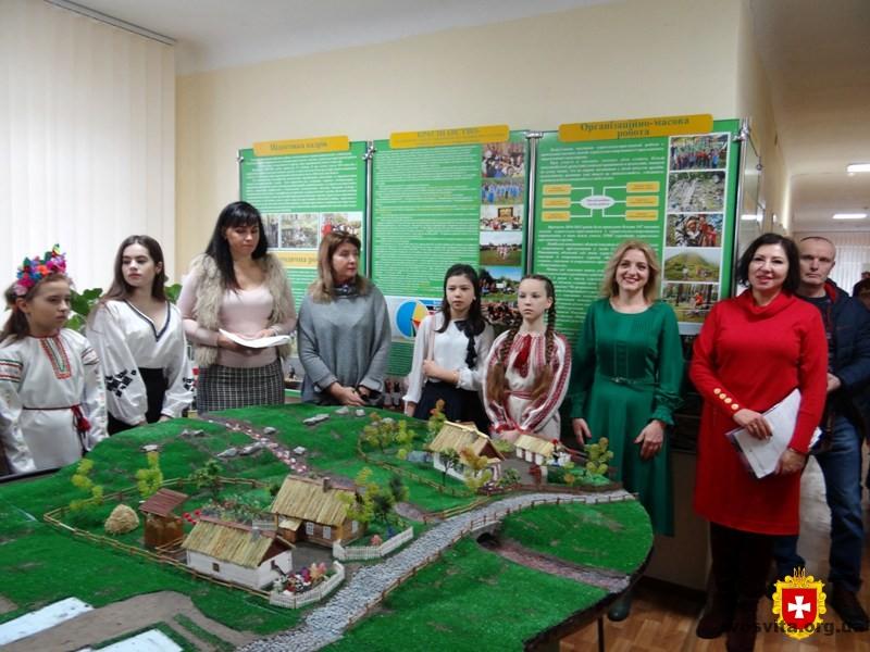 На Рівненщині визначили кращих екскурсоводів музеїв  навчальних закладів