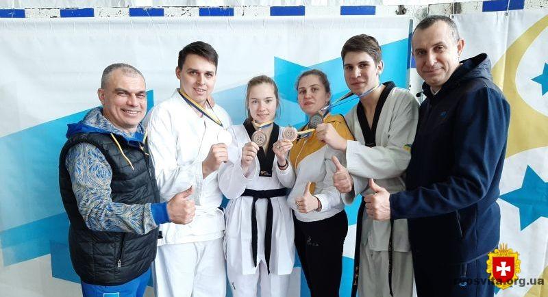 Студенти Рівненщини здобули нагороди на змаганнях XV літньої Універсіади України з тхеквондо