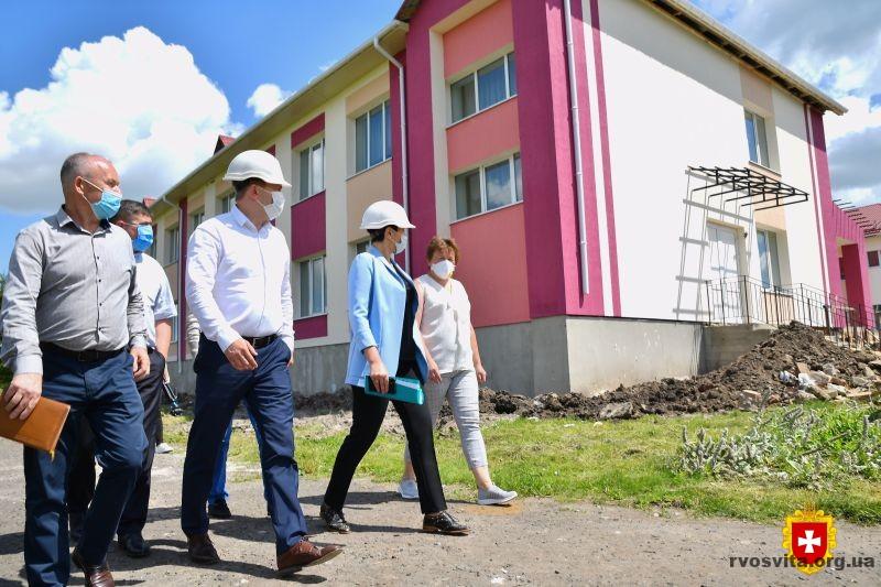 У Малевській школі на Демидівщині виконали частину робіт з реконструкції