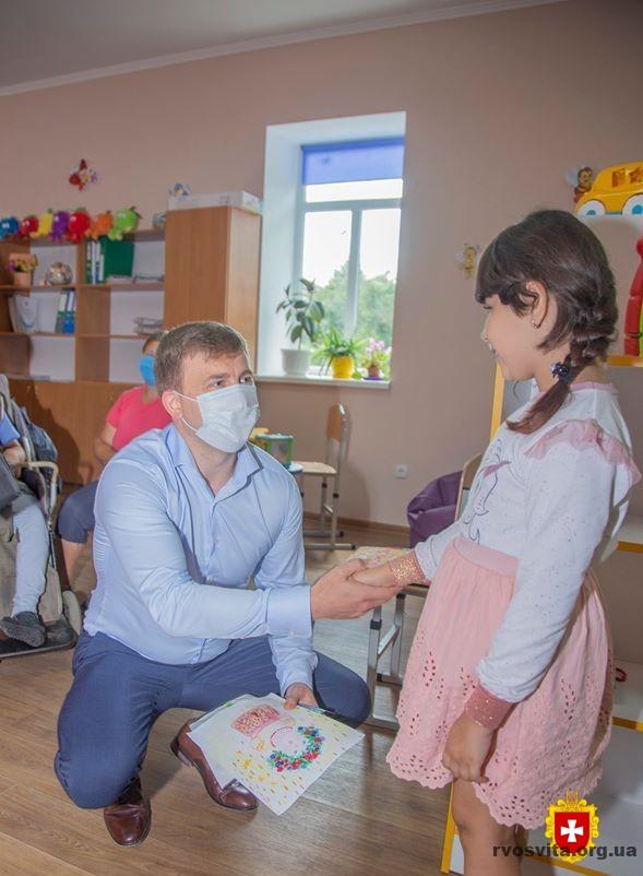 Віталій Коваль відвідав інклюзивно-ресурсний центр в Корці