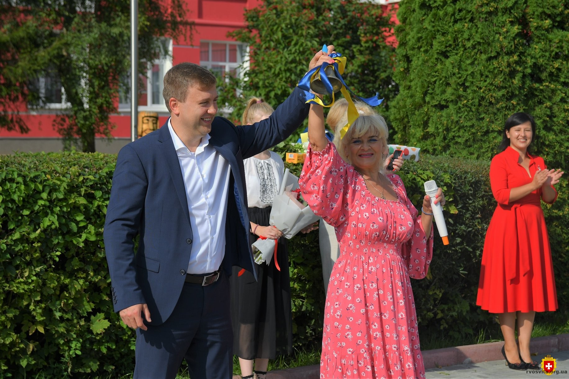 Голова ОДА Віталій Коваль привітав школярів з початком навчального року