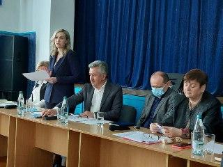 Стратегічні кроки щодо мережі ЗЗСО обговорювали на нараді в Сарнах
