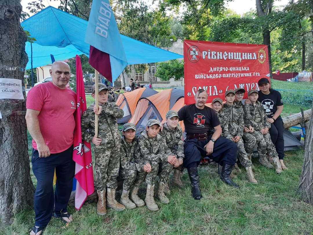 Учні Тараканівського ліцею беруть участь у III етапі Всеукраїнської дитячо-юнацької військово-патріотичної гри «Сокіл»