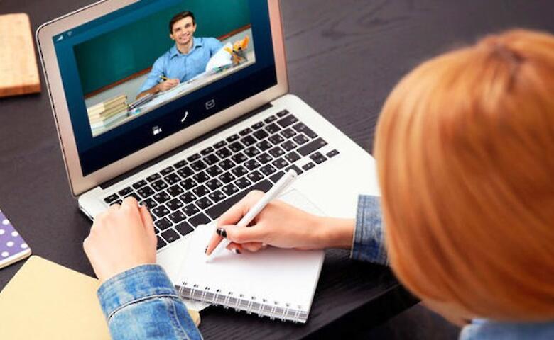 Для якісної організації навчального процесу у школах Рівненщини придбають ноутбуки