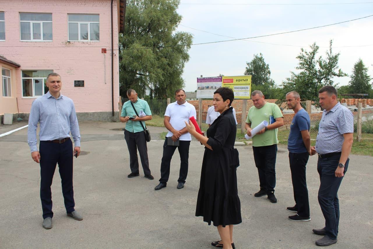 """Спорудження школи у селі Вири планують включити до президентського проєкту """"Велике будівництво"""""""