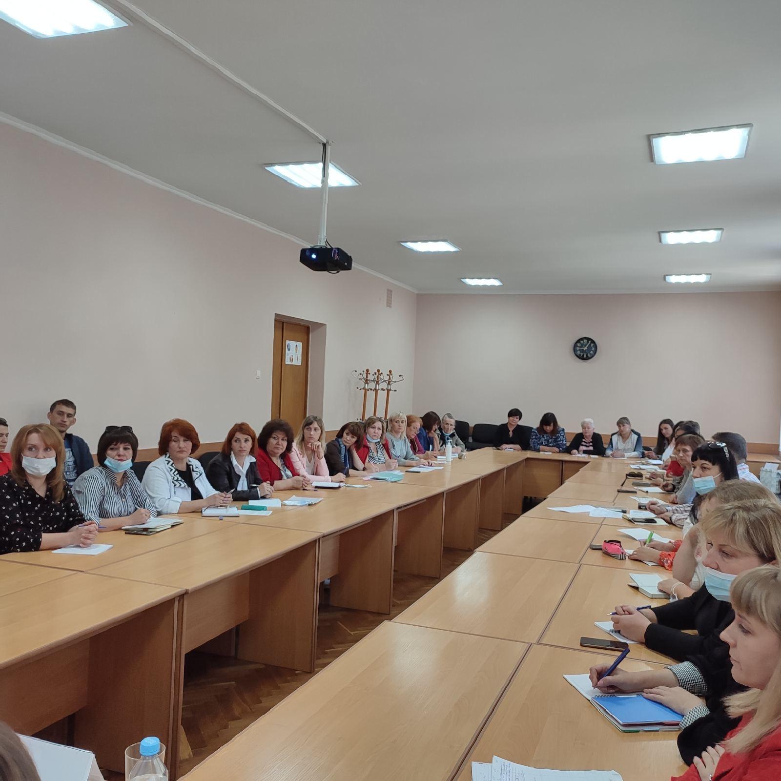 Відбувся семінар щодо організації харчування у 2021/2022 н.р. у закладах загальної середньої освіти обласного підпорядкування